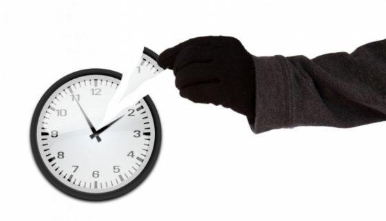 Thief_of_time_826_465_s_c1_center_center_0_0_1[1]